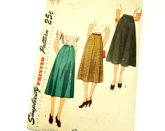 Womens Size 14 A-line Skirt Vintage 1940s Simplicity Sewing Pattern 2339 / waist 26 / Complete