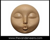 Mold No.188 (Full moon Face with kissing) by Veronica