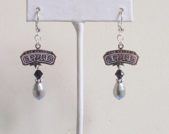 San Antonio Spurs Earrings, Silver Pearl and Black Crystal Pro Basketball Earrings, Basketball Spurs Jewelry Accessory Fanwear