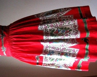 Apron Vintage Kitchen Skirt Cover Pinafore Cotton Red Christmas Holiday Chintz Print