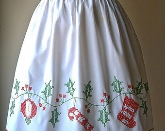 Apron Vintage Kitchen Skirt Cover Pinafore Cotton Christmas Holiday Embroidered