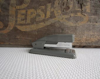 Vintage Mid Century Swingline 99 Small Stapler Office Desk