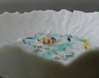 Pigs in the pool  - porcelain story bowl in gift box