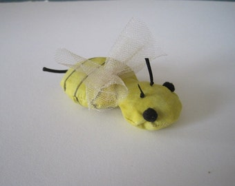 Bee Cat Toy - filled with Organic Catnip