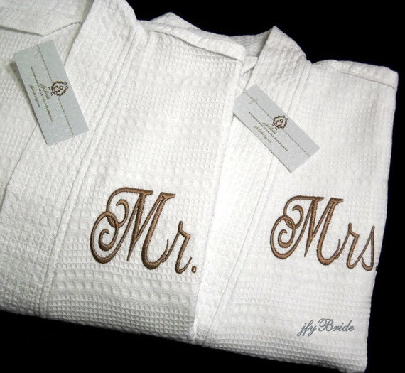 His And Her Wedding Gifts Ideas : Mr Mrs Monogram Robes, His Hers Monogram Robes, Personalized Bathrobes ...