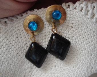 Vintage Teal Turquoise and Black Diamond Glass Antiqued Gold Earrings