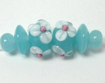 Handmade lampwork beads  -  Spring Daisies in Blue  -  aqua, sky blue, floral lampwork,  loose glass beads