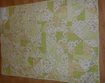 Baby Quilt   Light Green 79