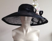 Belle – Large Black Wide Brimmed Hat Beautiful hat perfect for a wedding or the races, can be made in other colours