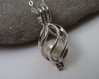 Sterling Silver Caged White Pearl Pendant Necklace