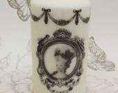Marie Antoinette romantic candle 15 x 8 cm ivory