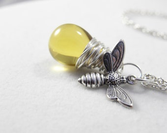 Honey Bee Necklace, Bumble Bee Necklace, Bee, Bee Jewelry, Beekeeper, Charm Necklace, Beaded Necklace, Pendant Necklace