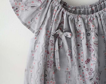 FINE, Lovely floral on Grey ASSA Cotton, U239
