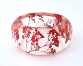Red Resin Bangle.  Pressed Flowers.  Red Baby's Breath.  Contemporary Botanical Jewelry. Personalized Gift. Engraved Mom Gift. Personalized