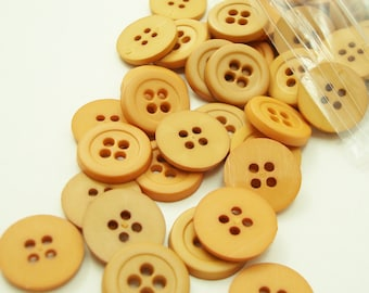 "Variegated Beiges 1/2"" (13 mm) buttons, Qty 134"