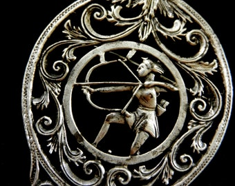 Antique rare italian 925 silver brooch - splendid openwork frame and bold goddess Diana huntress -1940s antique rare treasure --Art.813/3-