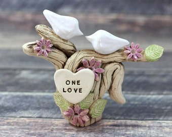 One love cake topper Wedding cake topper Custom cake topper Love Birds cake topper Cake decoration Destination wedding