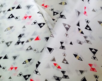 Voile Organic fabric by Cloud9 and Lisa Congdon - Snap Reverly in Voile  - 1/2 Yard