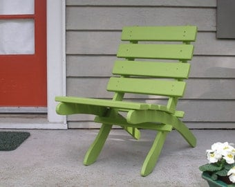 SPECIAL SALE PRICE!  - runs thru 8/23/17 - Cedar Garden Chair (color: Green)- Comfortable - Storable - Handcrafted by Laughing Creek