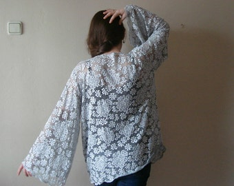 Lace Top Blouse, Womans wide sleeve tunic, Kimono Bell Sleeve Blouse, Lace blouse, Plus size XL