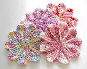 Drink Coasters, Beverage Coasters, Round Knit Dishcloths, Pastel Scalloped Coasters Set of 4