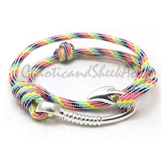 Rainbow rainbow paracord paracord paracord bracelet fish for Fish hook paracord bracelet