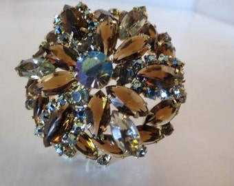 VTG Amazing Topaz & Champagne Color Rhinestone Layered Brooch