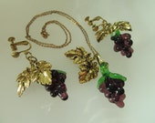Glass Grapes Wine Lovers Demi Parure Necklace and Screw Backs