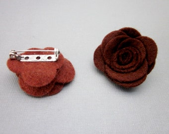Brown Brooch -- Brown Flower Pin -- Small Flower Pin -- Brown Flower Pin Accessory -- Brown Felt Flower -- Brown Felt Pin -- Brown Flower