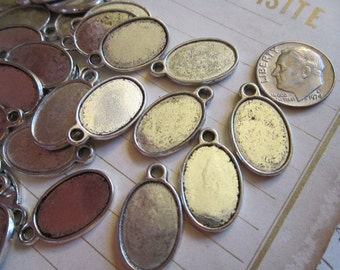 20 oval bezel style charms - silver finish - 12mm x 17mm