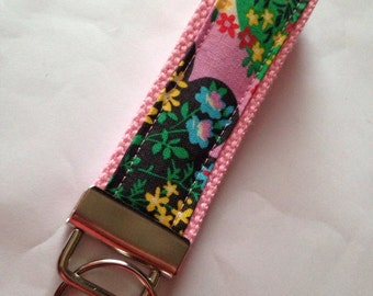 Key fob with Amy butler lark blush charisma fabric.