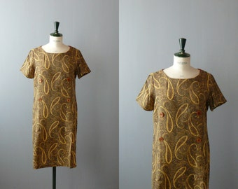 Vintage paisley dress. 1960s Mod brown dress. 60s shift dress