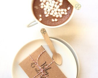 Hot Chocolate Wedding Favors. Unique winter wedding favor. Set of 20 with Custom Stamp. Bridal shower gift.