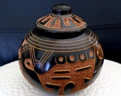 Vintage Art Pottery Lidded Vase from Nicaragua signed by the artist Luz Amanda Gutierrez