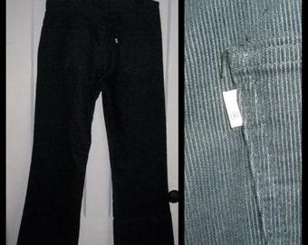 Vintage Levi's 646 36X30 Dark Green Corduroy Mens 1970's Bell Bottom Flare Jeans