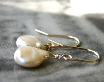 ONE DAY SALE Freshwater Pearl Earrings / Accessories / 14k Gold  or Rose Gold Pearl Earrings / Wedding Earrings / Bridal Pearl Earrings