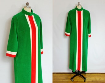 Vintage emerald and coral house coat