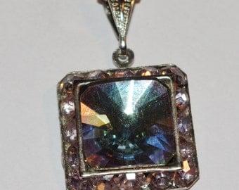Vintage - Fabulous Art Deco style - Aurora Borealis Pendant and chain   - c1950s
