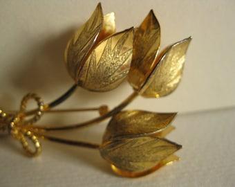 Vintage Bond Boyd tulip brooch