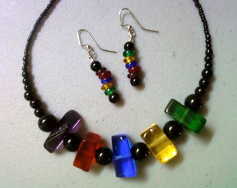 Chunky Colorful Glass Chip Necklace and Earrings (1028)