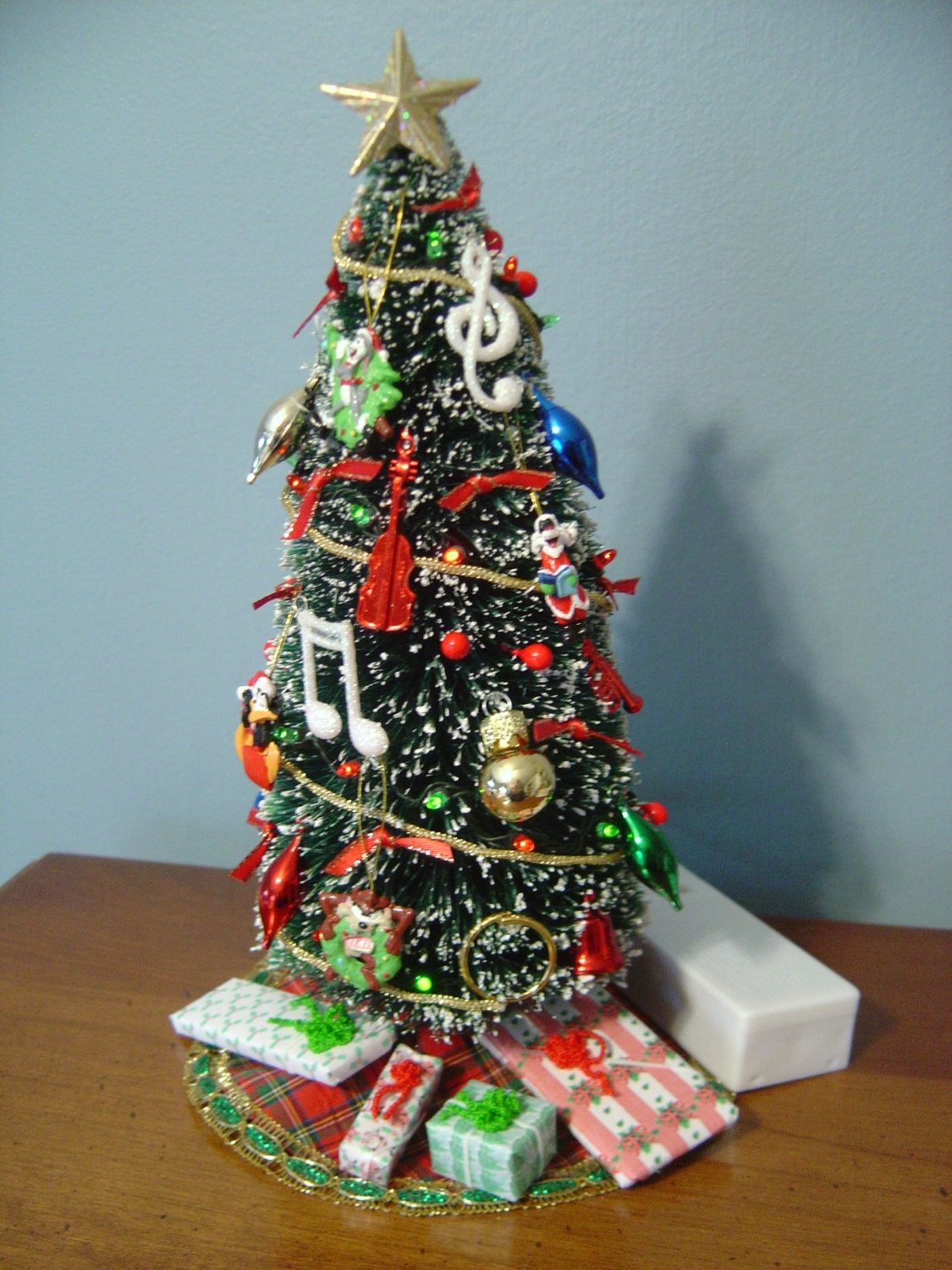 Dollhouse Miniature Lighted Christmas Tree 9 tall with