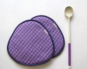 sale clearance purple potholders - fabric trivets - farm country kitchen - violet lavender potholders- purple trivets - hostess gift