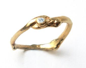 Single Gold Twig Ring