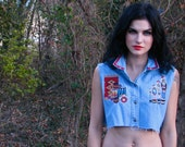 Vintage 1980s Chambray Denim CROPPED Embroidered Top Shirt  American Indian