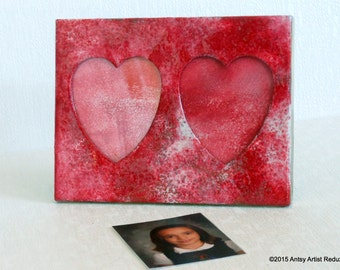 Double heart frame romantic reclaimed gold metal small with two heart shaped photo areas reuse painted red and white for personal or gift