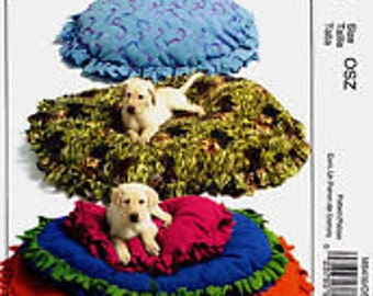 "Mak Pillow for PET Dog Cat ferret Small Animal or CHILD 26"" 36"" 46"" Fun BED New  McCall's Crafts Uncut pattern 15.95 new  M5410"