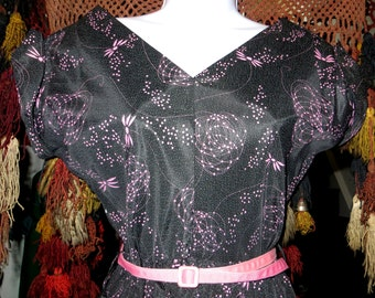 Fabulous 50s Black and Pink Novelty Print Dress