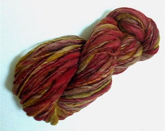 """Yarn Bulky Thick & Thin Alpaca / Wool Bulky Hand Dyed 82 Yds  Red Olive Doll Hair Knitting  Crochet """" Grand Canyon """""""