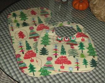 Infant Bib With Matching Burping Cloth Hello Christmas