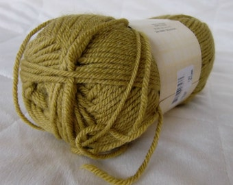 Universal Yarn Classic Worsted, worsted weight yarn, Antelope color